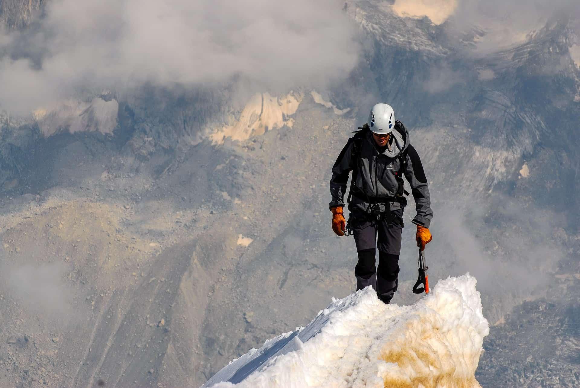 Kletterausrüstung Was Gehört Dazu : Kletterhandschuh test 2018 die besten kletterhandschuhe im vergleich