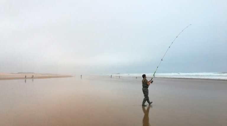 Angeln auf dem Strand