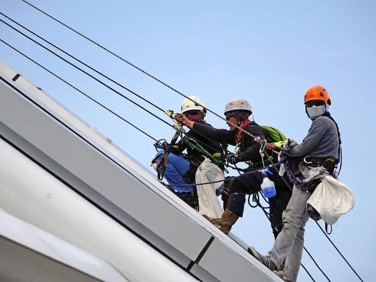 Kletterer mit Seilsack