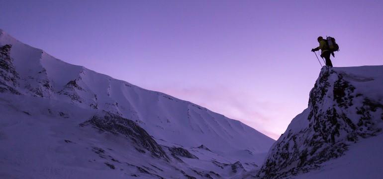 Richtige Trekking-Socken bei einer Wanderung bei kalten Temperaturen