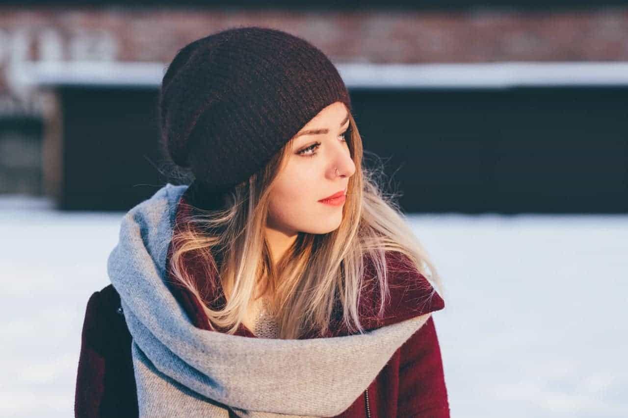 10 Graue Winteroutfits für Herren Warme Styles für kalte
