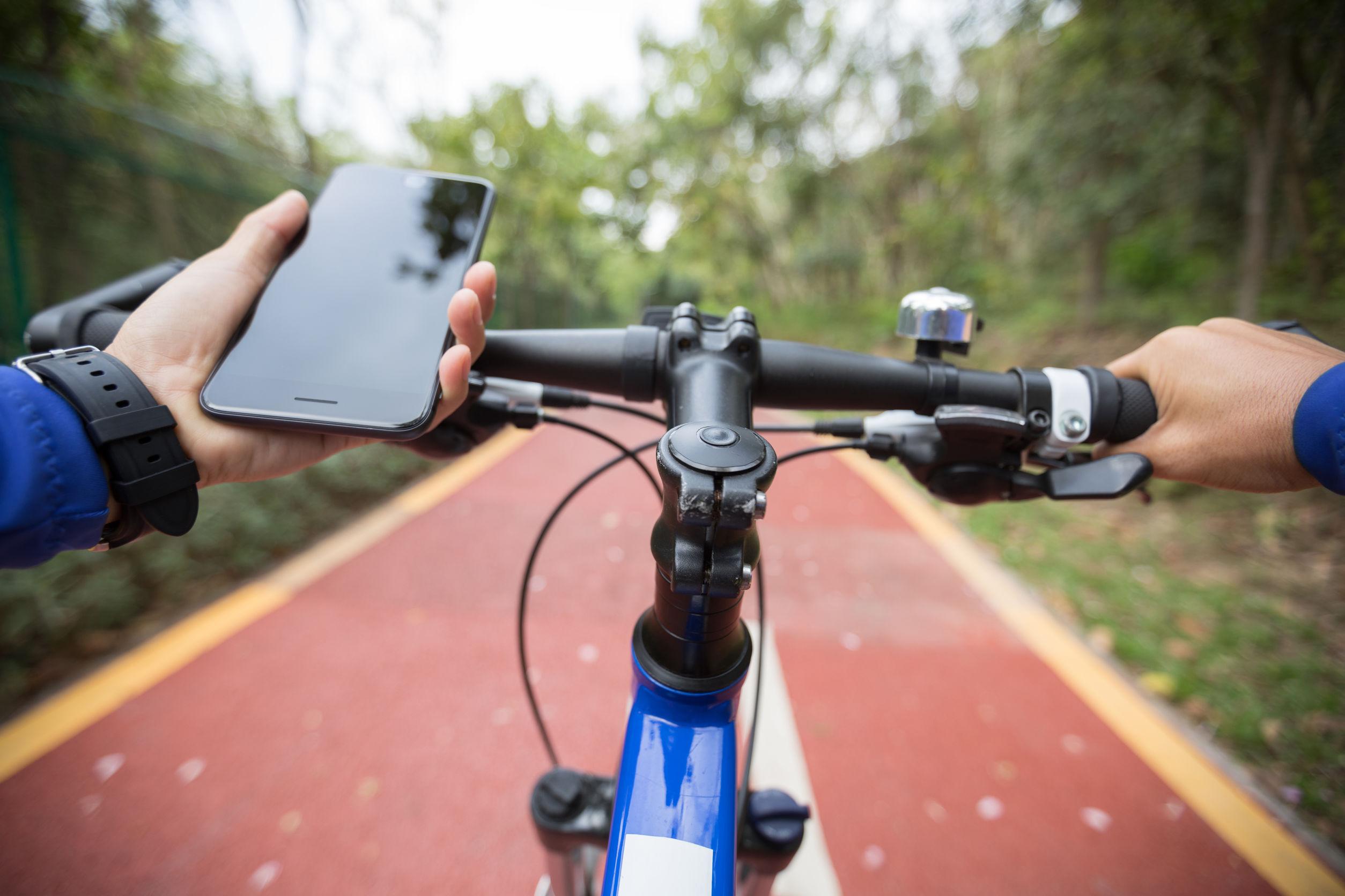 Handyhalter fürs Fahrrad: Test & Empfehlungen (03/21)